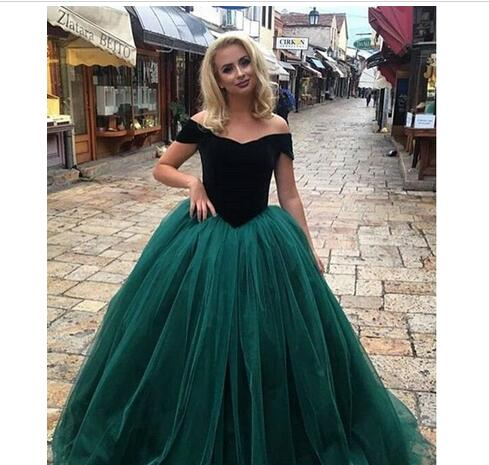 183df112821 Vintage Velvet Prom Ball Dresses Emerald Green Quinceanera Dresses Custom  Off Shoulder Sweet 16 Party Formal Gowns Plus Size Evening Gowns