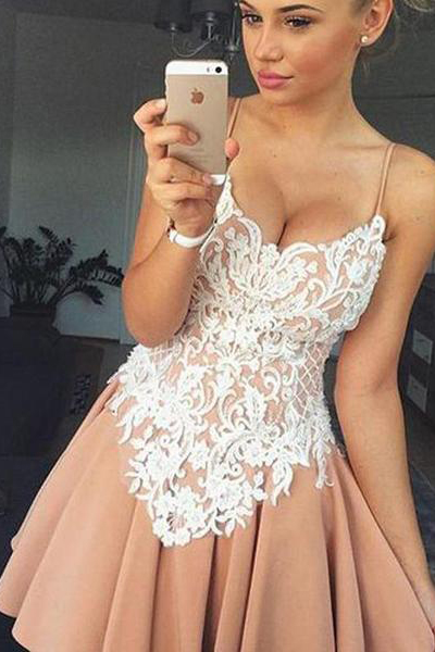 Cheap Lace Graduation Dresses,Top Spaghetti Strap Cocktail Dress,Lovely Short Homecoming Dresses,Backless Sweetheart Homecoming Dress,Homecoming Dress