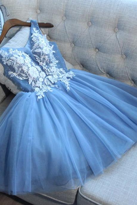 Cute Blue V Neck Tulle Short Prom Dress, Mini Appliqued Homecoming Dresses, A Line Sleeveless Graduation Dress with Beads