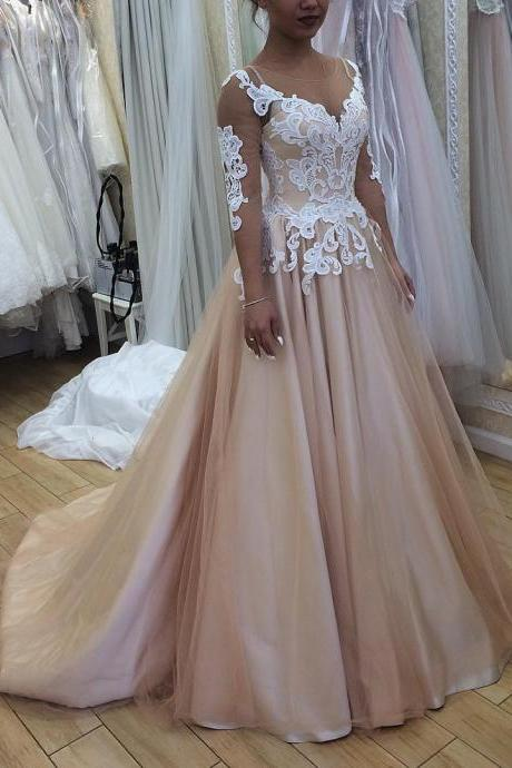 Champagne Wedding Dress with 34 Sleeves Fashion Illusion Neck Lace Appliques Luxury Chapel Train Bridal Ball Gowns